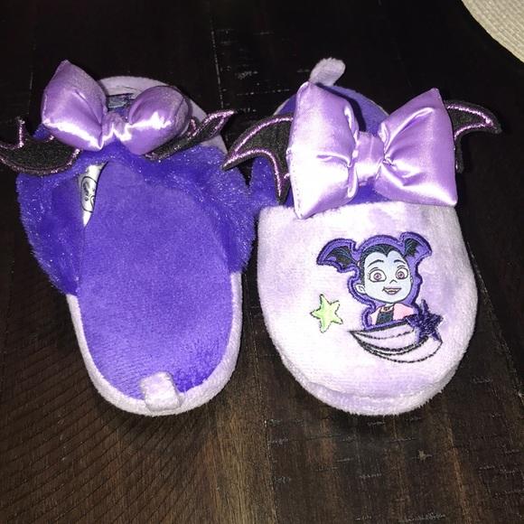 Disney Shoes   Vampirina Slippers